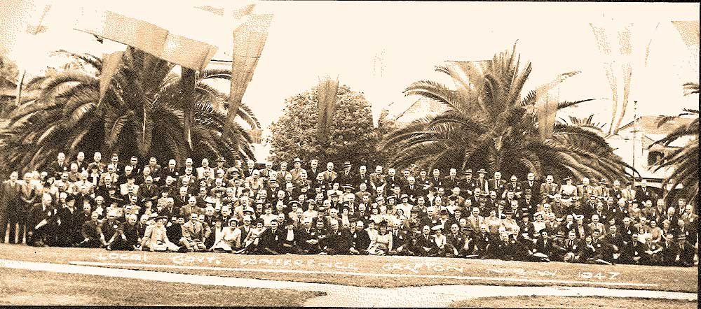 Members at 1947 LG conference